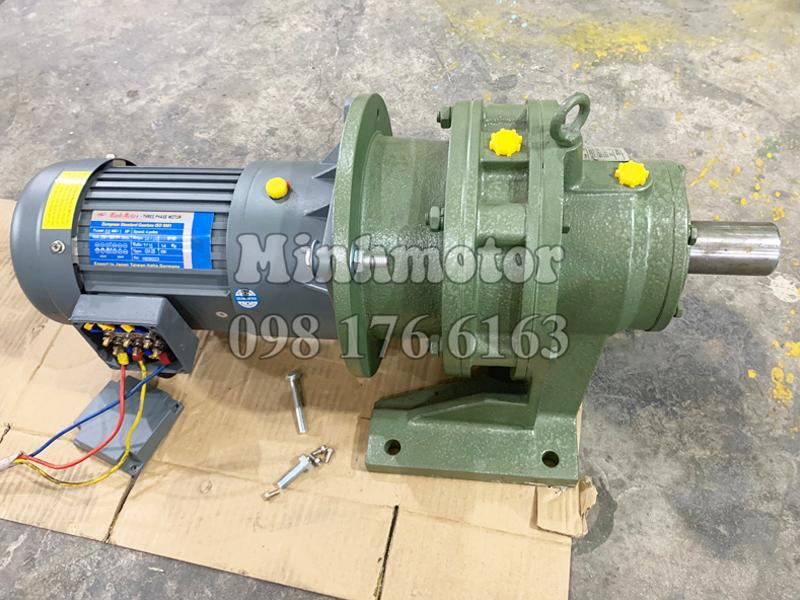 Motor Giảm Tốc 3 cấp GH kết hợp cycloid cyclo tốc độ có thể giảm chỉ còn nửa vòng / phút