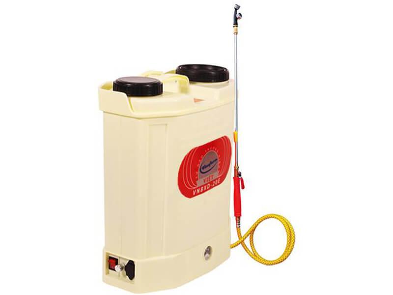 Cấu tạo motor phun thuốc trừ sâu gồm 2 phần